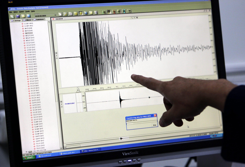 Sismo de magnitude 3,6 na ilha de Ísquia, Itália, causa pelo menos um morto