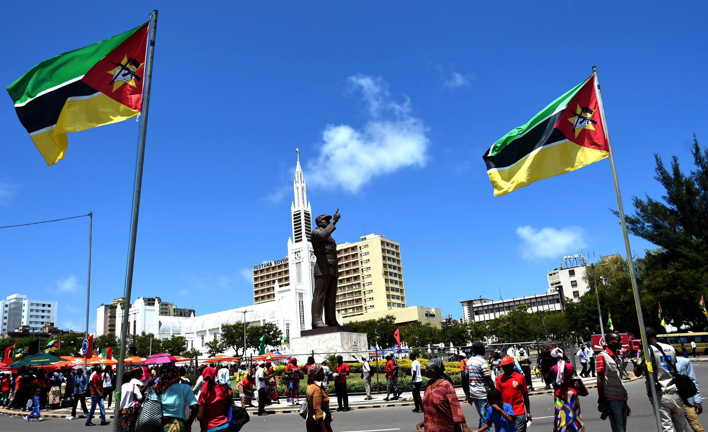 Moçambique volta a alargar prazo da auditoria à dívida pública