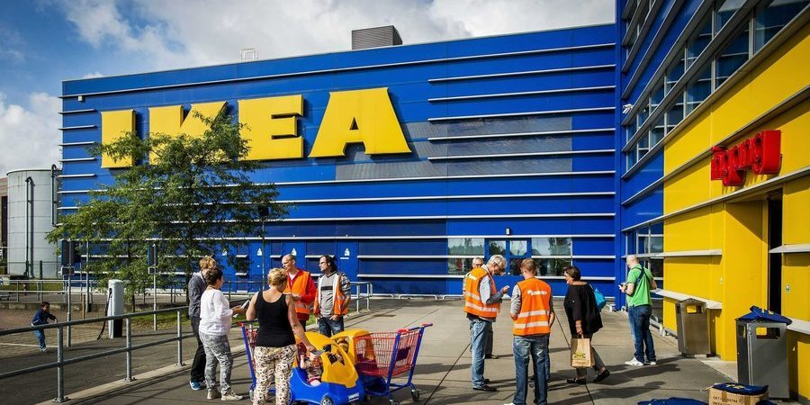 IKEA pede aos consumidores que devolvam cadeiras que podem causar ferimentos