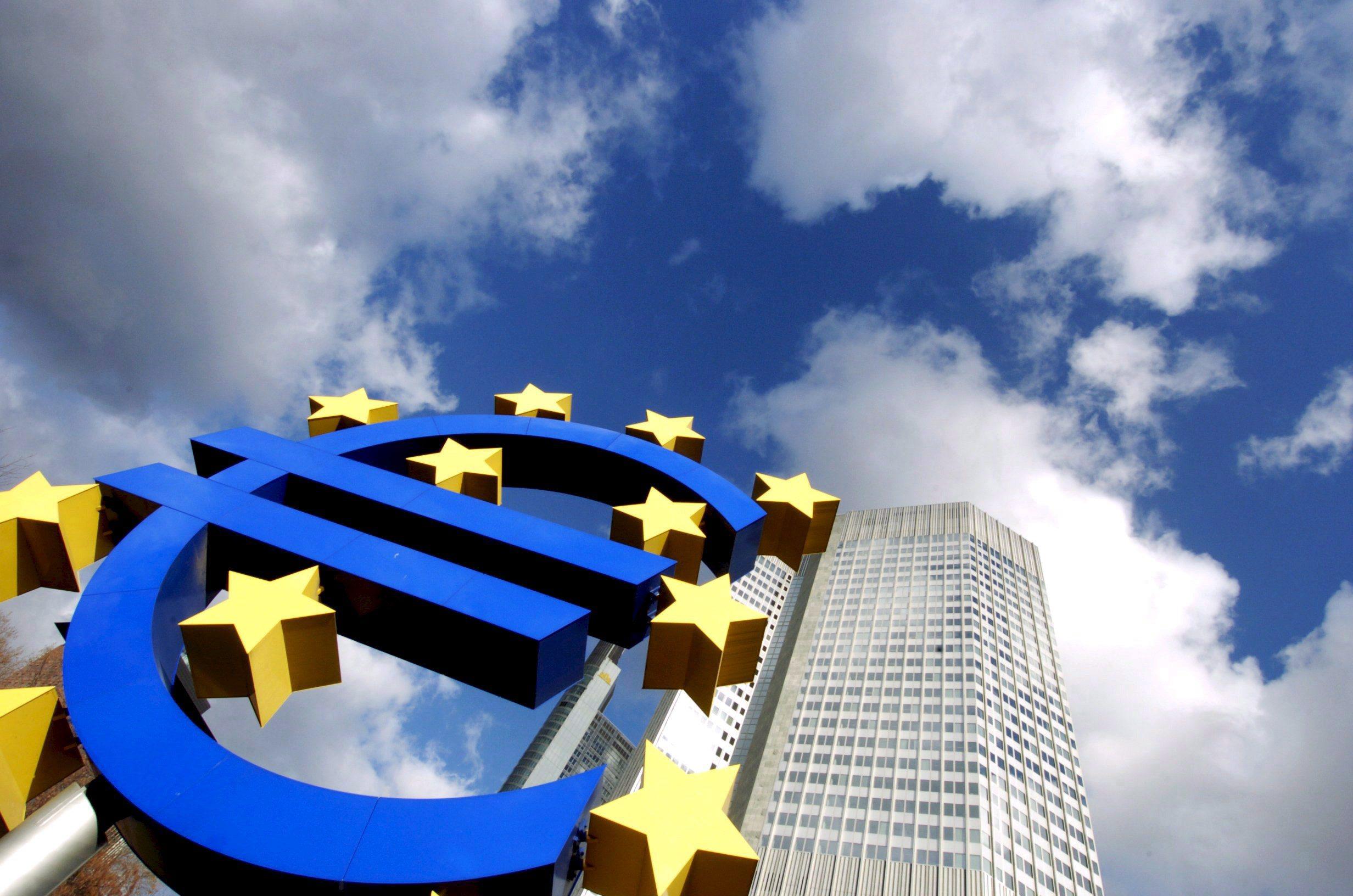 Comissão prorroga prazo de vencimento de empréstimos do Mecanismo Europeu de Estabilização Financeira