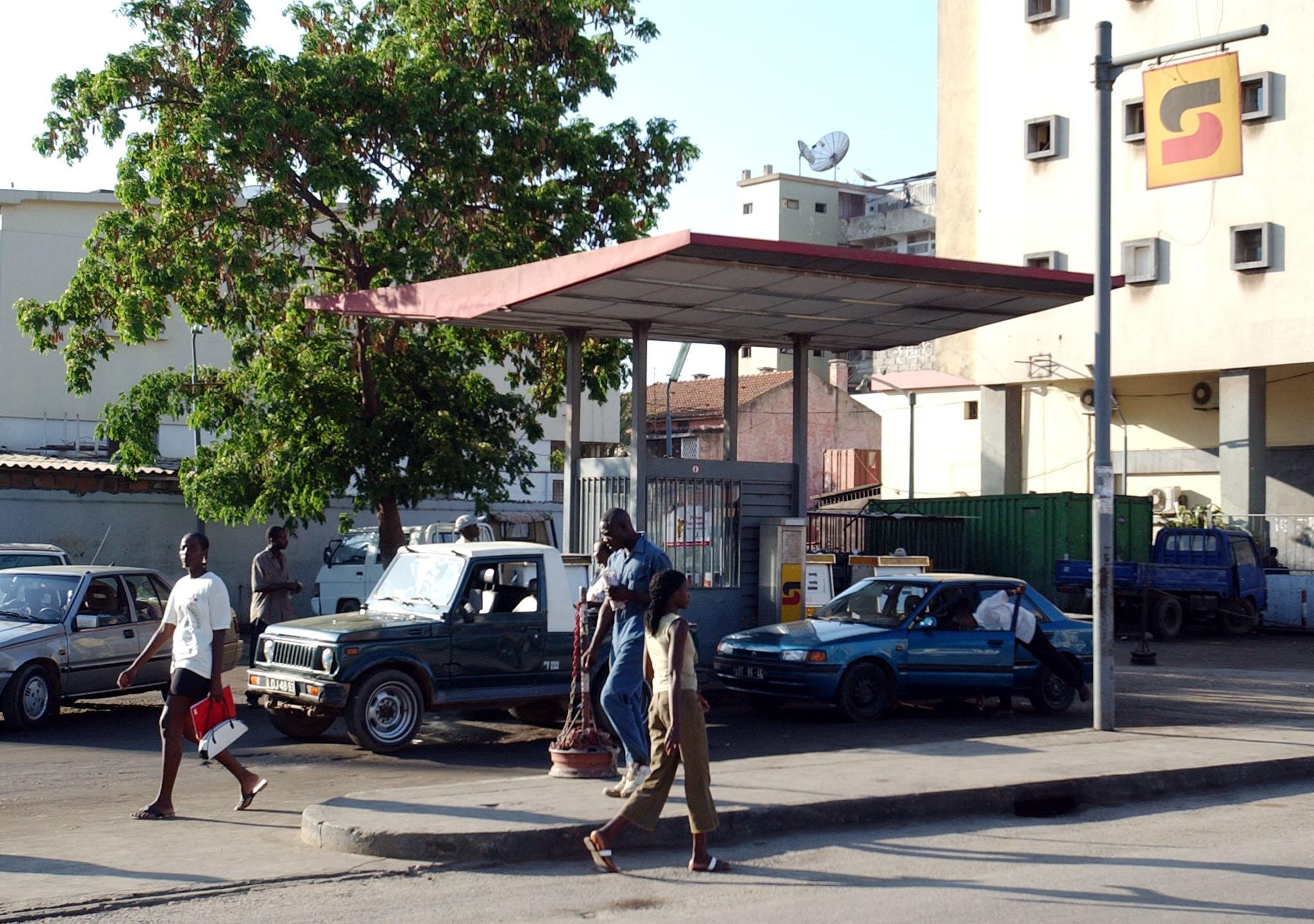 Luanda sem eletricidade deixa postos de combustíveis praticamente sem gasóleo