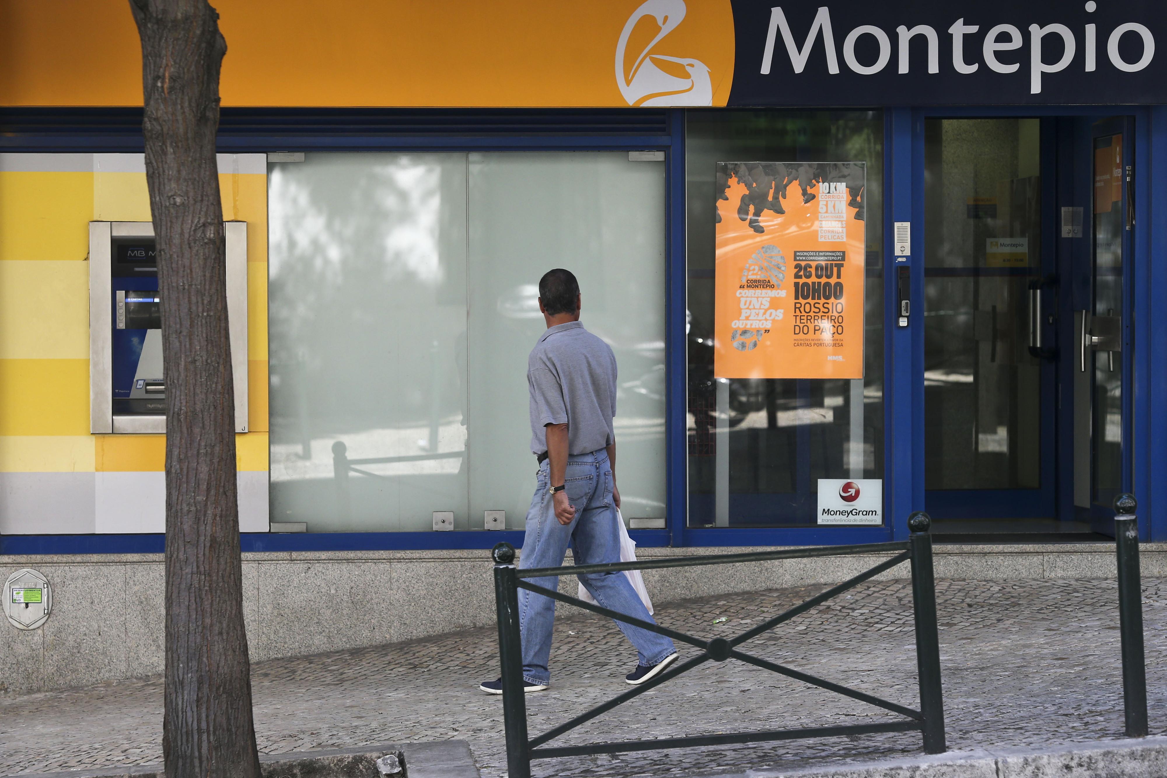 """Ministro das Finanças diz ter a """"maior tranquilidade"""" em relação ao Montepio"""