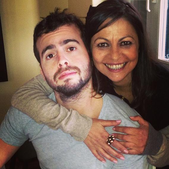 João Manzarra foi um dos muitos famosos que usaram as redes sociais para homenagearem as suas mamãs, este domingo, Dia da Mãe.