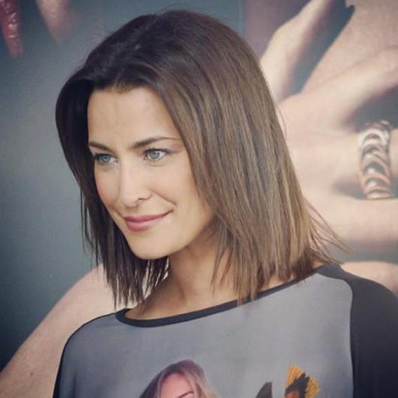 """A atriz Andreia Dinis mudou de look depois do final das gravações da novela """"Sol de Inverno"""", onde vestia a pele de """"Ana Mendes"""", e mostrou o resultado aos seus seguidores no Facebook."""