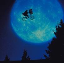 E.T., Johnny Depp e Jim Carrey no natal do Fox Movies