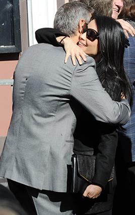 Nos anos 2000, a atriz Lucy Liu foi tida como outra das namoradas de Clooney.