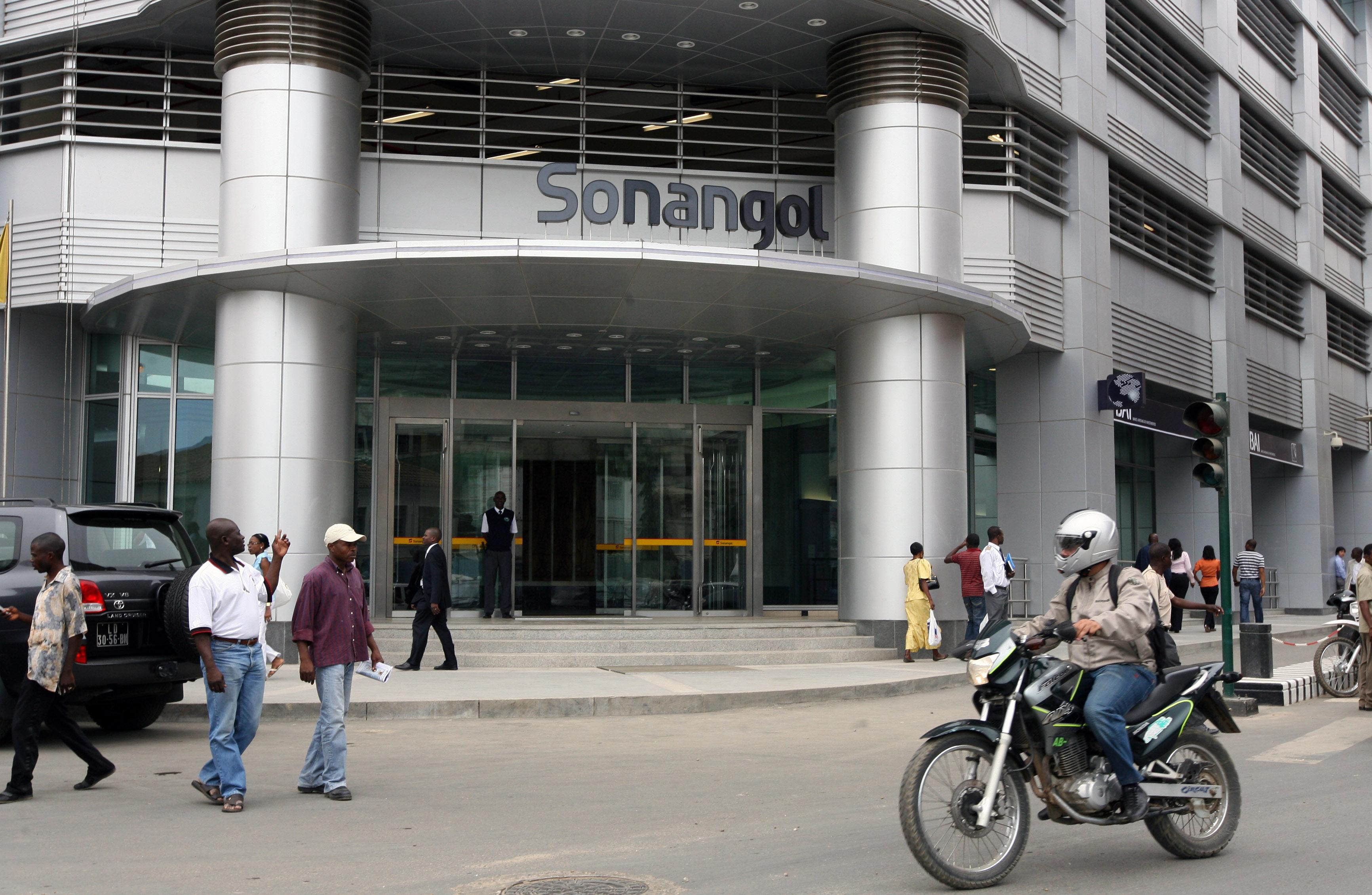 Receitas fiscais geradas pela Sonangol caíram 280 MEuro entre janeiro e fevereiro