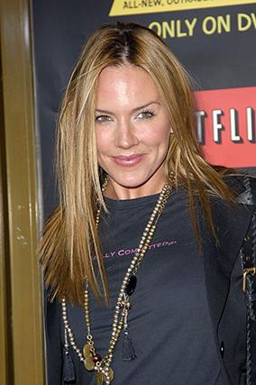 A atriz Krista Allen esteve na vida de Clooney, ora entra ora sai, entre 2000 e 2008.