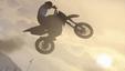 Imagem Acrobacias em GTA V desafiam todas as leis da física
