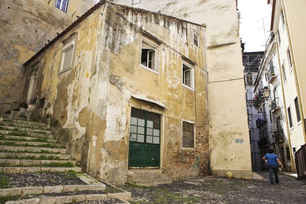 """O projeto """"Há Vida na Mouraria"""" foi o mais votado pelos cidadãos na edição de 2011. As obras de reabilitação urbana do bairro arrancaram no final do ano passado."""