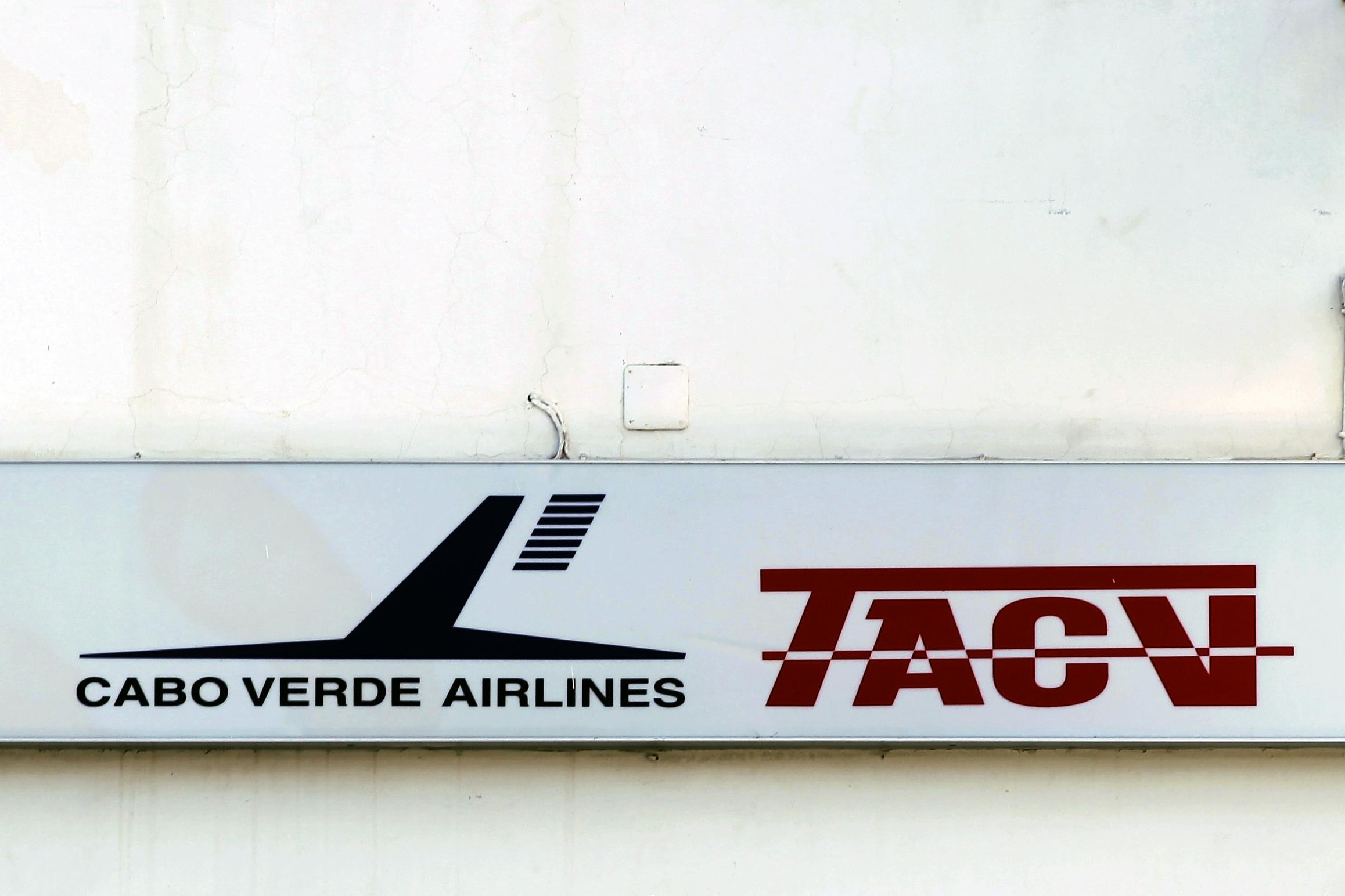 """TACV acusa oposição cabo-verdiana de """"confundir e desinformar opinião pública"""""""