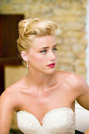 """A atriz Amber Heard, de 28 anos, apontada como provável futura mulher do ator Johnny Depp e sexta desta lista das mais belas, tem um segredo de beleza: """"Penso que o segredo para um estilo fantástico é termos o nosso próprio estilo e não dependermos de uma série de regras ditadas por outros..."""""""