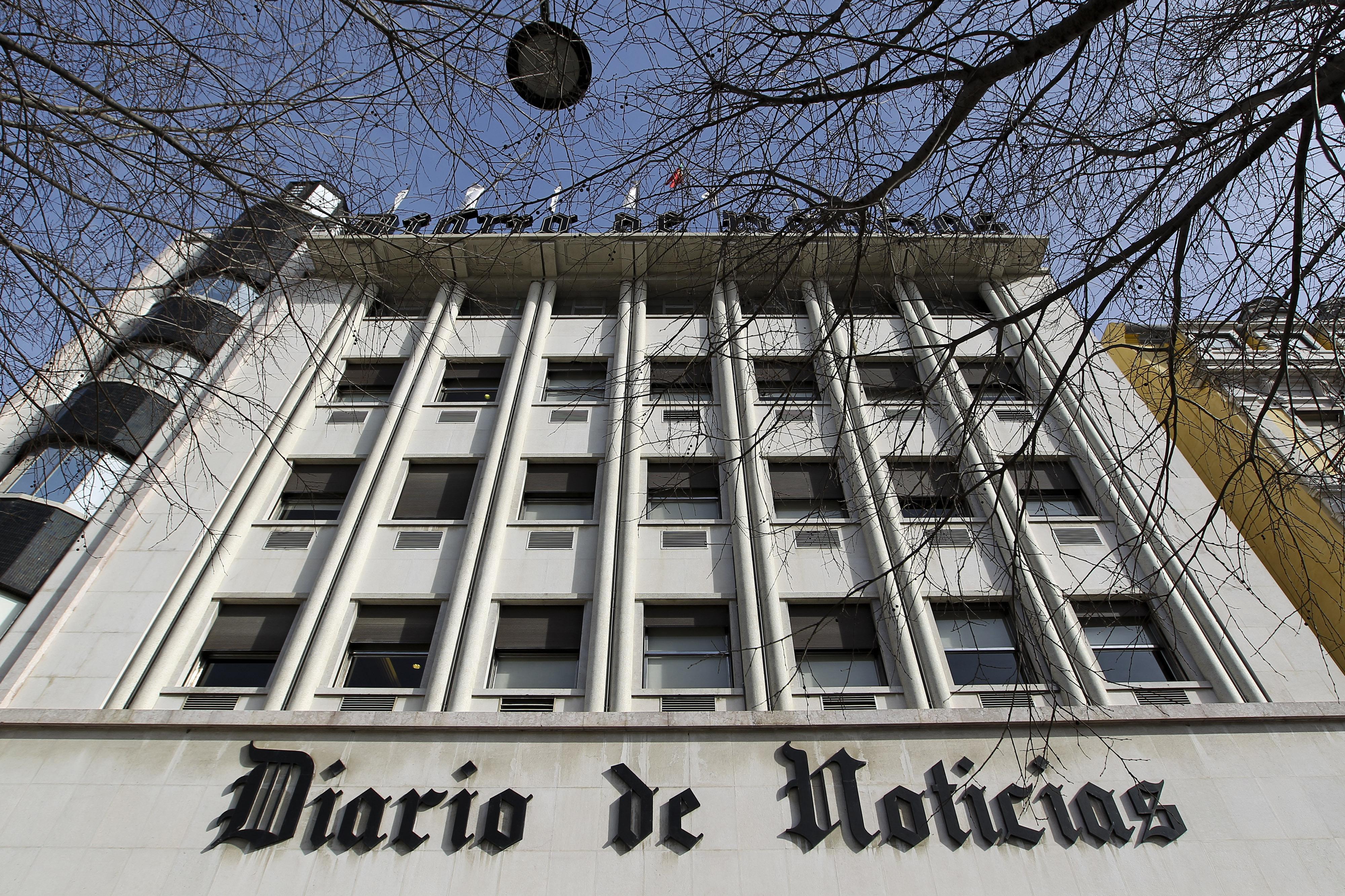 Morreu Luís de Barros, ex-diretor do DN e marido da escritora Maria Teresa Horta