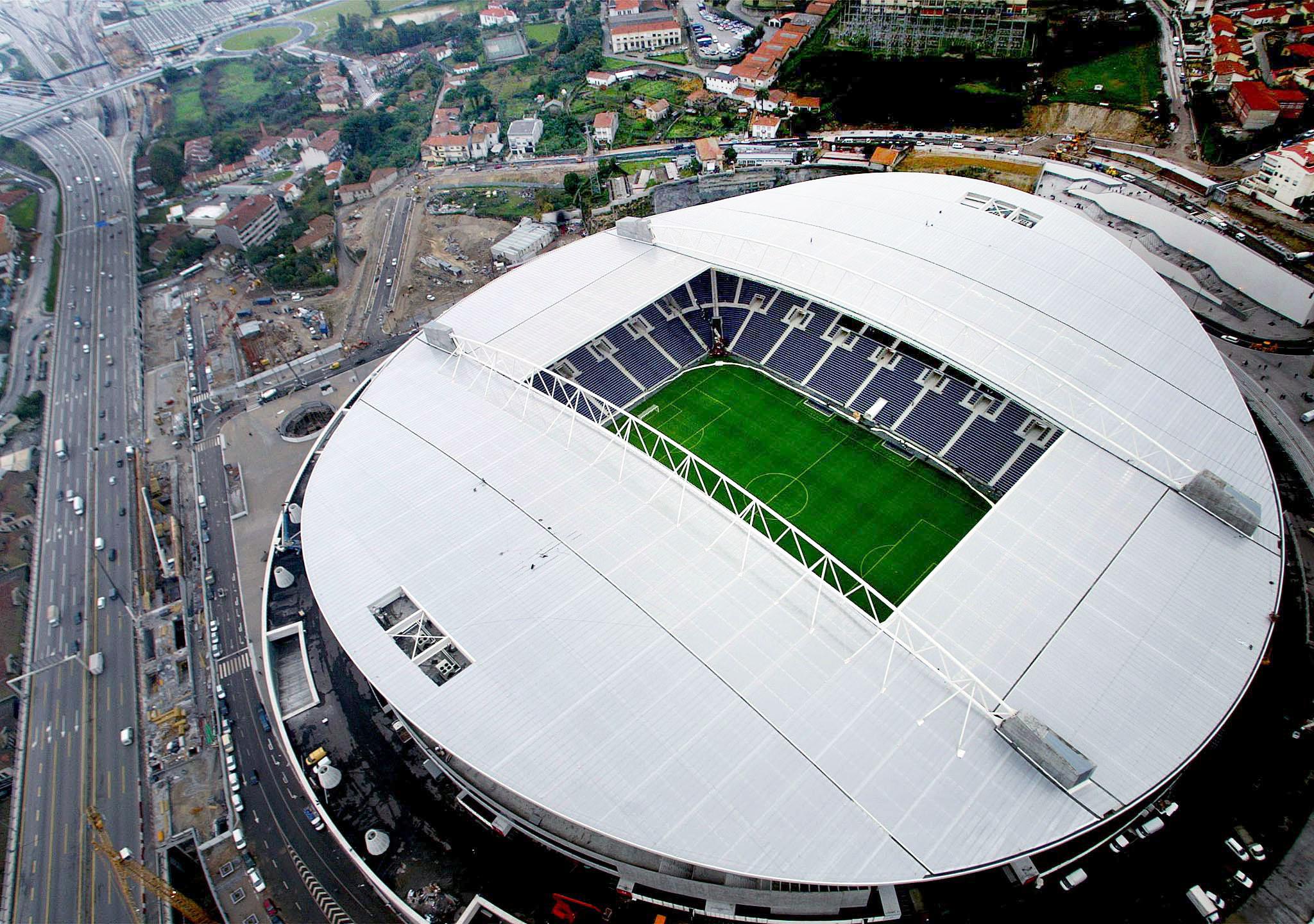 FC Porto fecha semana com treino em conjunto com a equipa B no Dragão