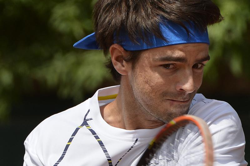 Gastão Elias passa à segunda em Buenos Aires
