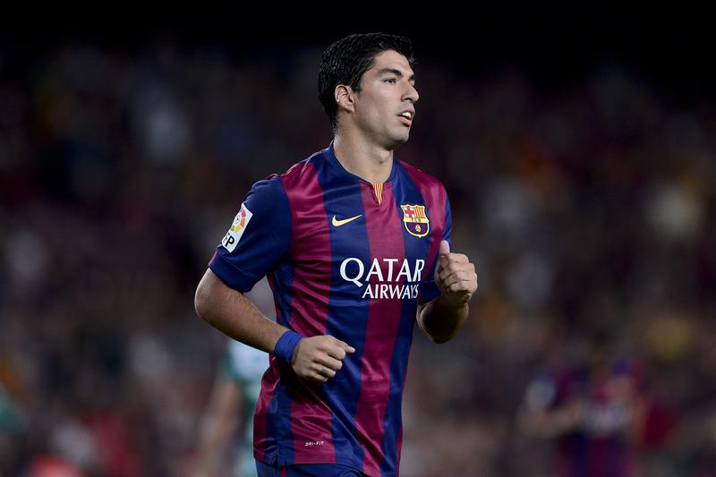 Barcelona impedido de contratar jogadores até janeiro de 2016