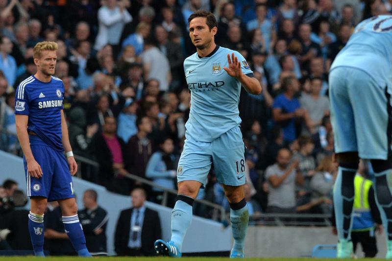 """Golo de Lampard """"mata"""" jogador no Uganda"""